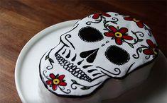 5 recettes pour el Dia de los Muertos : Il était une fois la pâtisserie : gâteau #diadelosmuertos Biscuits, Pin, Happy Halloween, Sweet Tooth, Cake, Food, Devil, Day Of The Dead, World Cuisine