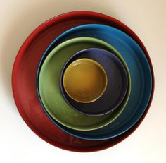5 nesting bowls with lids - January 2013 - Gallery - Ceramic Arts Daily Community Ceramic Arts Daily, Black Clay, Nesting Bowls, Earthenware, Clay Art, Artist At Work, Pottery Art, Vivid Colors, Art Pieces