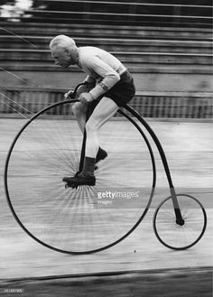 The 66 year-old high cyclist A R. Perren while training on the Herne Hill track. 30th August 1937. Photograph. (Photo by Imagno/Getty Images)
