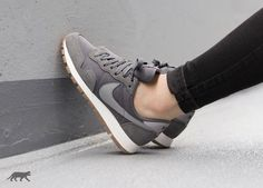best website 451b9 60c5a Nike Wmns Air Pegasus 83 (Dark Grey   Stealth - Black)