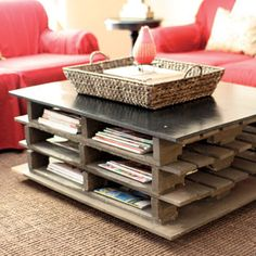 Planning & Ideas : Coffee Table Ideas DIY Wood Pallets' Repurpose Ideas' Diy Table along with Ikeaa' Pallets' Ikea Lamp also Diy Coffee Table' Diy Furniture' Planning & Ideas - Best Source of DIY Home Improvement Pallet Home Decor, Pallet Crafts, Diy Pallet Projects, Pallet Ideas, Pallet Furniture, Furniture Projects, Art Projects, Playhouse Furniture, Furniture Design