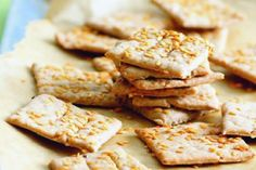 salty spelt flax seed cookies (translation of the recipe on demand - really, no problem) Seed Cookies, Toffee Bars, Clean Eating, Healthy Eating, Appetisers, Kid Friendly Meals, Bread Baking, Food And Drink, Vegetarian