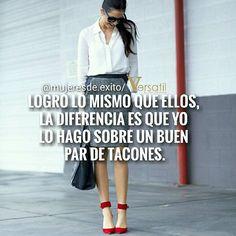 Y bien que manejamos esos tacones!! @versatildr #mujer #mujeresdeexito #woman…