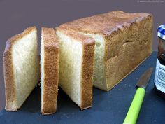 Pain de mie - Meilleur du Chef - white bread in a pullman loaf pan Pan Bread, Bread Baking, Pullman Loaf Pan, Base, White Bread, Dough Recipe, Food Illustrations, The Fresh, Bread Recipes
