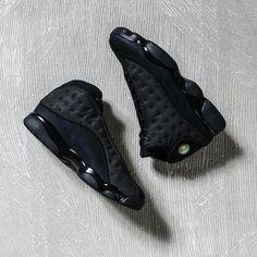 AVAILABLE TOMORROW Air Jordan 13 Retro « Black Cat » Credit : FootAction #Nike #Inside #Sneakers