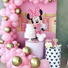 Minnie Mouse Birthday Theme, Minnie Mouse Party Decorations, Birthday Balloons, Birthday Party Decorations, First Birthday Cakes, First Birthdays, Princess Birthday Parties, Baby Birthday Parties, Girl Birthday
