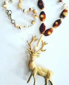 Oh deer I feel autumn coming Handmade#copper# vintageglass&bonebeads#loveit#statementjewellery#mademyme  www.vituwels.nl
