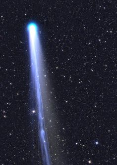 Comet Lovejoy approaching the Sun, photographed on December 13th, 2013 by Gerald Rhemann.