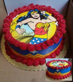 Ateliê de Papel Arroz Cida Blaz - MULHER-MARAVILHA Wonder Woman Birthday Cake, Wonder Woman Cake, Wonder Woman Party, Mom Birthday, Birthday Parties, Girl Superhero Cake, Superhero Theme Party, Anniversaire Wonder Woman, Wonder Woman Pictures
