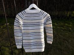 Knitted sweater in size 2-14 years old. Worked top down and with stranded colourwork. 14 Year Old, Work Tops, Aud, Size 2, Men Sweater, Colours, Knitting, Children, Pattern