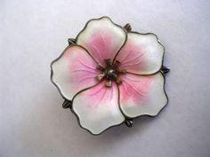 Iconic Vintage Enamel Flower Pin by Aksel Holmsen Norne Norway Silver 925 Enamel Jewelry, Silver Jewelry, Jewellery, Enamels, Denmark, Norway, Scandinavian, Random Stuff, Leaves