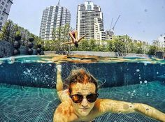 Social Nomad @niklasdiem flippin' away from that steamy hot weather in #Bangkok #Thailand #southeastasia
