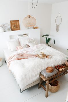 &SUUS Swiss Sense Lifestyle by vtwonen boxspringcollectie - &SUUS - &SUUS Swiss Sense Lifestyle by vtwonen boxspringcollectie – &SUUS - Home Decor Accessories, Interior, Home Decor Bedroom, Cozy House, Interior House Colors, Home Remodeling, Home Decor, Room Inspiration, House Interior