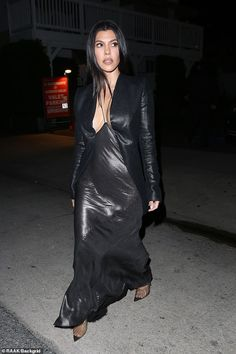 Who made Kourtney Kardashian's silver gown and pvc pumps? Kourtney Kardashian 2018, Kardashian Style, Kardashian Jenner, Kylie Jenner, Kourtney Kardashion, Snake Skin Dress, Silver Gown, Fashion Dictionary, Celebs