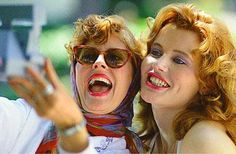 Thelma & Louise - Susan Sarandon & Geena Davis - I've always loved this particular image of Geena Davis and Susan Sarandon. Geena always had/has a beautiful smile. Geena Davis, Thelma Louise, Thelma And Louise Movie, Susan Sarandon, Beau Film, Best Movies On Amazon, Great Movies, Milla Jovovich, Mean Girls
