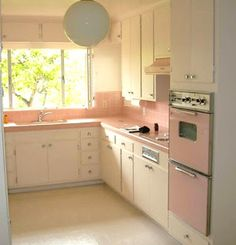 Farm Girl Pink....: ~ Vintage Pink Kitchens