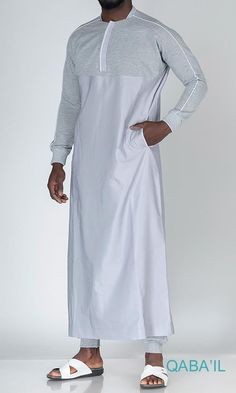 QL QT Thobe Kameez with long sleeves in Grey AVMCollar with Zip & Long SleevesSoft fabric & gentle on skinLogo Embroidery, Side Pockets Islamic Clothing for Men Emo Dresses, Modest Dresses, Fashion Dresses, Party Dresses, Shalwar Kameez Pakistani, Pakistani Suits, Gents Kurta, Maxi Outfits, Emo Outfits