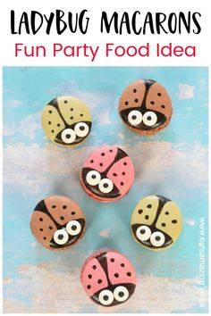 How to make cute ladybug macarons - quick and easy cheats recipe idea that is perfect for ladybug themed party food for kids #EatsAmazing #funfood #kidsfood #ladybug #ladybird #partyfood #easyrecipe #foodart #cutefood Food Art For Kids, Cooking With Kids, Candy Eyeballs, Ladybug Cupcakes, How To Make Macarons, Chocolate Roses, Best Party Food, Edible Crafts, Delicious Breakfast Recipes