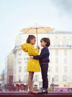 Léa P for Vogue Enfants by Benoit Peverelli, stylist Claire Dhelens Under My Umbrella, Rain Umbrella, Little Fashionista, Mellow Yellow, Yellow Coat, Yellow Raincoat, Stylish Kids, Kid Styles, Fashion Kids