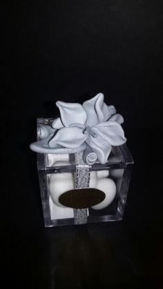 Bomboniera handmade in fimo con fiori per 25 anni di matrimonio nozze d'argento