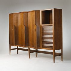 Ico and Louisa Parisi / custom cabinet < Modernist 20th Century, 07 December 2003 < Auctions | Wright