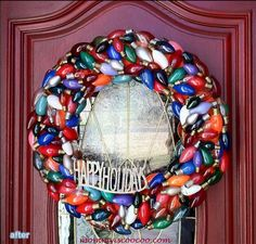 Wreath from vintage Christmas light bulbs!!! Bebe'!!! Love this wreath!!!