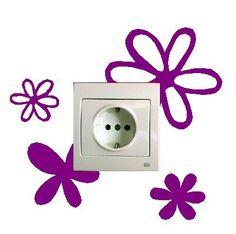 Pegatina de flores colorida para el enchufe o interruptor - http://vinilos.info/producto/pegatina-de-flores-colorida-para-el-enchufe-o-interruptor/ Lasimagenes son los colores disponibles para elegir e instrucciones de colocacion del vinilo. se puede hacer en otras medidas y personalizable. el vinilo es troquelado y una vez pegado queda solo el dibujo, no tiene fondo.   #decoracion