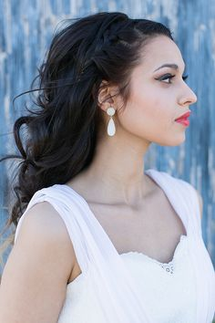 hair styles to wear to a wedding dramatic bridal makeup on wedding airbrush 7473