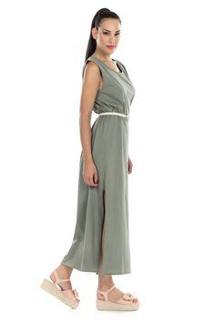 c078109b9a44 -Φόρεμα Maxi μακό -Με σκίσιμο στα πλάγια -Έχει ζωνάκι στην μέση -Άνετο