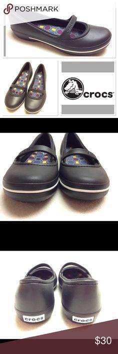 9 CROCS black crocband winter flats Brand: CROCS STYLE: crocband winter flat Size: 9 Color: black EUC CROCS Shoes Flats & Loafers
