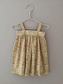 Gertrud Bloomers Let stof a la liberty Findes i str Karen Body Let stof a la Liberty findes i str . Two Piece Skirt Set, Summer Dresses, Creative, Skirts, Cute, Baby, Sewing, Tips, Fashion