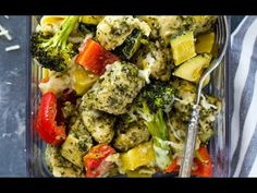 Chicken, broccoli, zucchini, and bell pepper coated with pesto and baked in under 20 minutes. This quick and healthy dish is healthy, low-carb, flavorsome and makes a delicious lunch or dinner. If it weren't for these sheet pan dishes, I don't know how I can possibly get through the week. They're quick and easy to put