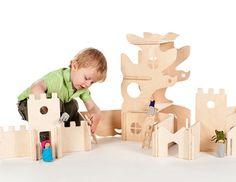 He encontrado este interesante anuncio de Etsy en https://www.etsy.com/es/listing/106892861/modular-tree-house-and-building-walls