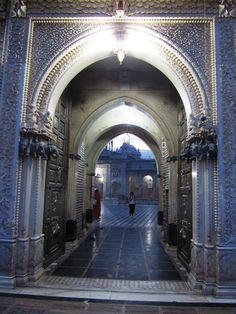 Bhagwati Maa Shri Karni Rat Temple Deshnok Bikaner INDIA Jaisalmer, Udaipur, Mother India, Durga Goddess, Jodhpur, Indian Art, Art And Architecture, Goddesses, Rat