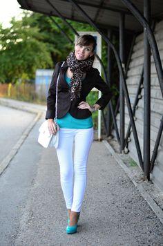 Lovely Hair: 2x OOTD - 1. vyšívané šaty, 2. bílé džíny