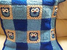 The Suburban Daffodil: Crochet Notes - Ollie Owl Blanket