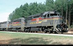 RailPictures.Net Photo: LN 8020 Louisville & Nashville EMD SD40-2 at Woodbury, Georgia by Bernie Feltman