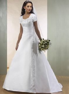 bride dresses with sleeves