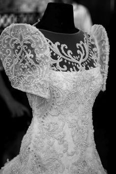 The Veluz Bride: Featured Brides; maybe less lace and less embelishments; more invisible arms Filipiniana Wedding Theme, Modern Filipiniana Dress, Wedding Gowns, Modest Wedding, Wedding Cakes, Filipino Fashion, Philippine Fashion, Debut Gowns, Filipino Wedding