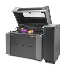 Nuova stampante 3D a colori, Connex3 di Stratasys