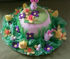 12 Fun Easter Bonnet Ideas - Mumslounge - - Get crafty with these egg-sellent Easter bonnet ideas! Regardless of your child's age or skill level, you'll find some gorgeous Easter inspiration here! Easter Activities, Easter Crafts For Kids, Easter Ideas, Easter Bunny, Easter Eggs, Easter Bonnets, Easter Hat Parade, Diy Ostern, Making Ideas