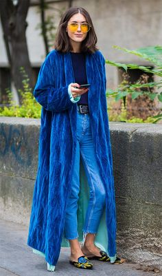 And the Breakout Street Style Star of Fashion Week Is… Star Fashion, High Fashion, Winter Fashion, Blue Fashion, Party Fashion, Spring Fashion, Look Kimono, Look Street Style, Fall Outfits