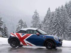 Mini Cooper in the snow Cooper Car, Mini Cooper S, My Dream Car, Dream Cars, Mini Driver, Mini Morris, Mini Countryman, Morris Minor, Smart Car
