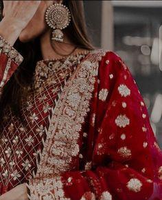 Beautiful Pakistani Dresses, Pakistani Bridal Dresses, Pakistani Dress Design, Cute Girl Photo, Girl Photo Poses, Girl Poses, Black Hair Aesthetic, Indian Aesthetic, Stylish Dress Designs
