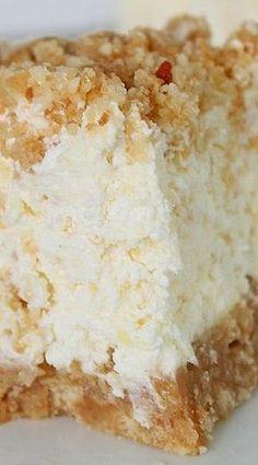 Fluffy Pineapple Cream Cheese Dessert: Similar to Cookie's Restaurant in Minooka, IL