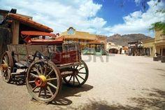 Antik amerikai cart régi nyugati város, Arizona, USA photo