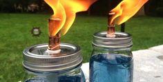 DIY Citronella Candles - Instructions for mason jars and wine bottles Citronella Oil, Citronella Candles, Oil Candles, Candle Jars, Mason Jar Crafts, Mason Jars, Bug Repellent Candles, J Craft, Wine Bottle Art