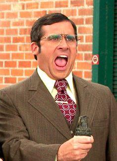 """Steve Carell promete que su personaje en #Anchorman, Brick, no tendrá ninguna evolución en la 2ª parte de la película... Más bien advierte que """"involucionará"""". Y con eso, ¡no podemos esperar! De seguro nos hará reír."""