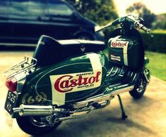 Mod Scooter, Lambretta Scooter, Scooter Girl, Vespa Scooters, Scooter Images, Skinhead Reggae, Motor Scooters, Hot Bikes, Cars And Motorcycles