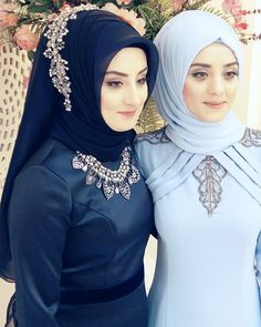 You will find different rumors about the annals of the marriage dress; tesettür First Narration; Bridal Hijab, Wedding Hijab, Bridal Dresses, Dress Wedding, Hijab Stile, Marriage Dress, Moda Emo, Hijab Tutorial, Girl Hijab
